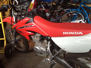 Brand new only ridden once Honda CRF 100 MINT CONDITION