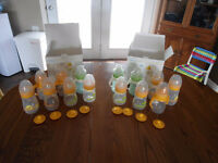 BORN FREE Plastic (8 BOTTLES & 6 Training cups) interchangeable