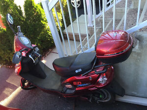 GIO 500w E-Scooter barely used, $450 obo