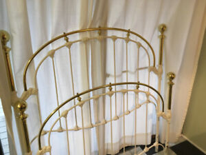 Double Bed Frame - Brass & Enamelled Cast-Iron