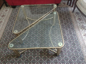 2-Piece Triangular Coffee Table