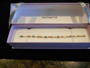 Beautiful bracelet and earring set
