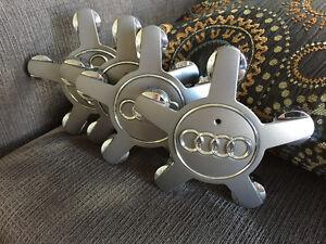Cap de roue AUDI, pour MAGS 4F0 601 165 N