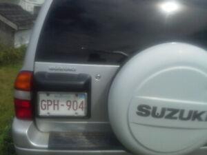2001 Suzuki XL7 4 door