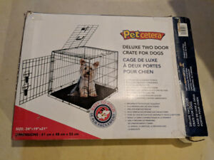 Small dog crate L24 x W19 x H21""
