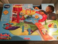 Vtech Toot Toot Drivers Garage & Track playset NEW