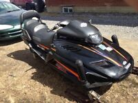 Ski Doo Yamaha vmax 500cc