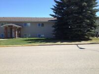 2 bedroom condo in Innisfail available July 1