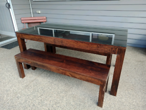 Dining table and bench seats - Solid Wood!