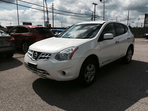 2012 Nissan Rogue * Pearl White * Back up sensors * 4 Cylinders