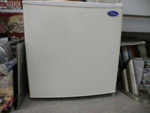 Cube fridge