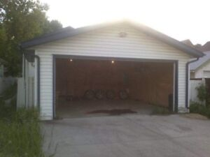 DOUBLE GARAGE FOR RENT DOWNTOWN/ NAIT