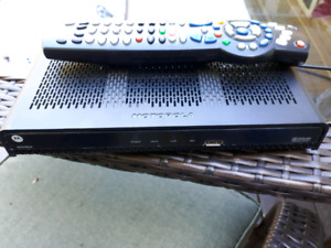Rogers TV box with remote and power cord