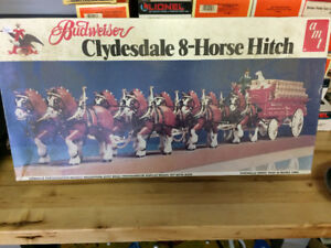 AMT Budweiser Clydsdale 8 Team Model Kit