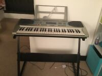 Electronic keyboard and stand - Pitchmaster