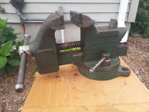 """Vintage Erie Tool Works 3"""" Vise"""