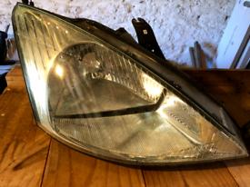 Ford Focus Mk 1 Headlight (Offside/Drivers)