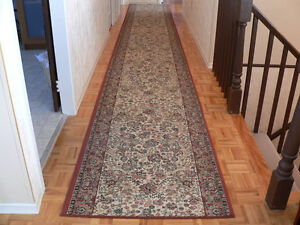 "Ornamental Runner Carpet (approx. size: L18.75'xW32"")"