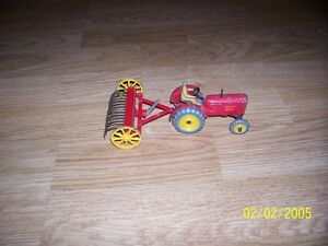 Dinky Toys Tractor
