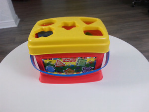 Fisher Price toy / Jouet