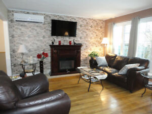 Beautiful 3 Bedroom Furnished -Modern, A/C, Fireplace