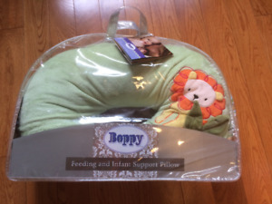 Boppy - Green with Cute Lion