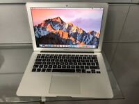 """Apple MacBook Air 2015 Early 13"""" brandnew connection"""