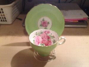 Vintage Floral Teacup & Saucer Lime Green-Pink Chrysanthemums
