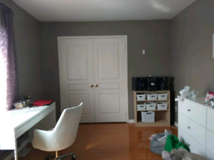 Very bright Fully furnished Room near Finch West - July August