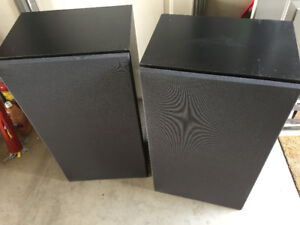 Monster sound from MACH 4000 speakers