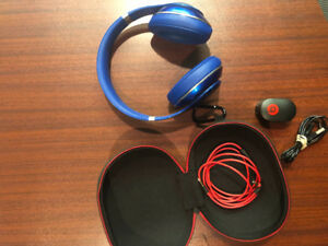 Wired blue beats studio 2.0 headphones. Like new.