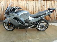 Ultimate Sport Touring Motorcycle - Kawasaki Concours 14