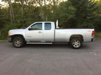 2010 GMC Sierra 1500 Extended Cab 8' Box