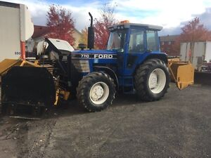 Tracteur Ford 7710 4x4 gratte a neige