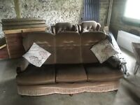 Second hand 3 seater an 2 arm chairs