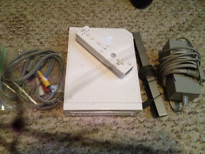 NINTENDO Wii with 1 Remote and 1 Game