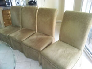 Glass dining table and Chairs - OBO-Needs to go