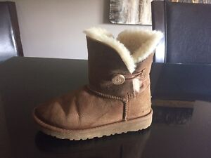 UGG boots - Girls /Youth