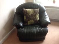 Leather 3 seater settee and 2 leather chairs