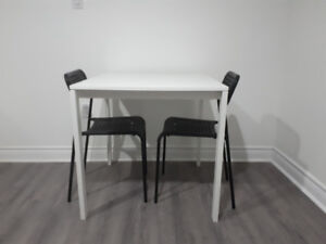 Ikea MELLTORP table +2 chairs