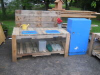 Mud Kitchen - Your kids or Daycare