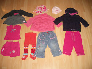 LOT - 25 - items of clothes for baby - Girl ----- size 3 - 12 m