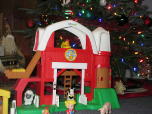 "Little People"" Animal Farm..made by Fisher Price..ONLY $25.00"