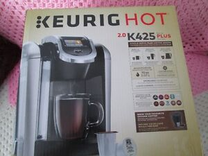 NEW IN BOX KEURIG K425 2.0 WITH WARRANTY