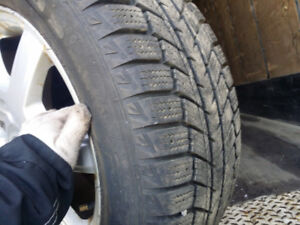 225 55 16 Winter with 90% tread!!