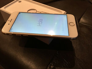 Apple iPhone 6 - 16gb White with tbaytel/Rogers mint