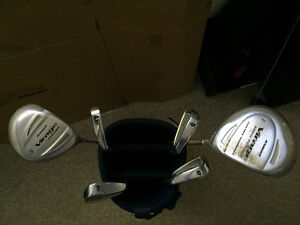 6 pc Ladies Starter Golf Clubs and Bag