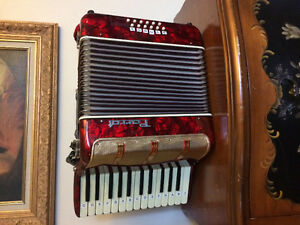 Vintage Parrot accordion  WHAT A LOOKER
