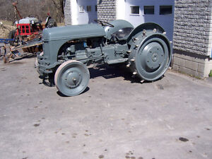 1943 FORD 2N TRACTOR FOR SALE