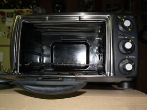 SEARS  CONVECTION  OVEN   LITE  INSIDE   12  IN.  PIZZA  .
